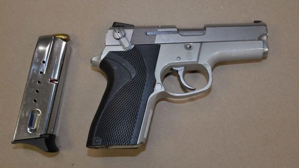 200421_loaded_gun