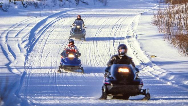 140414_snowmobilce_trail
