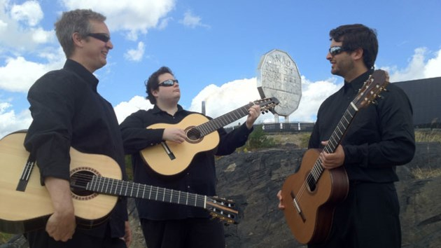 100414_Guitar_Trio_2