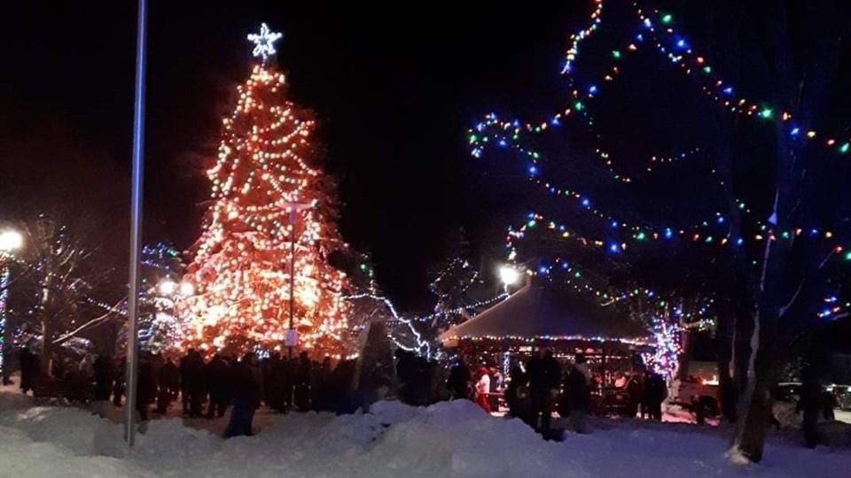 021220_AP_capreol_lights