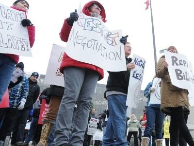 171212_MS_school_protest_2