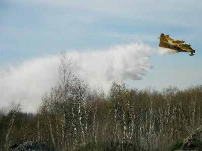 050513_AP_bush_fires