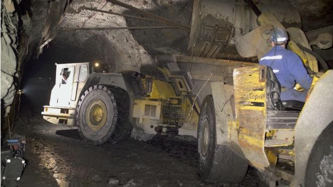 150415_mining_underground