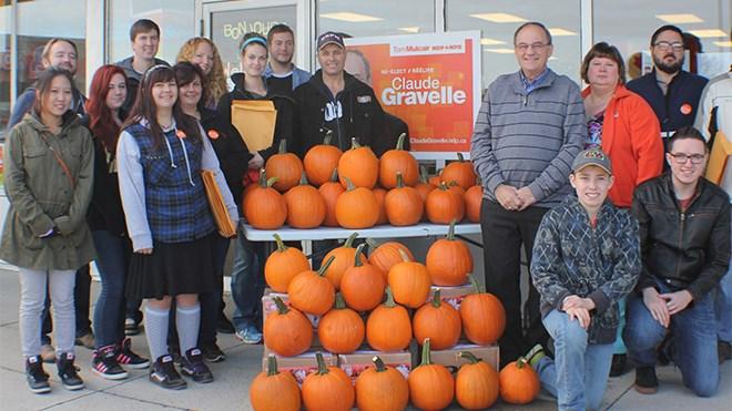 101015_gravelle_pumpkins