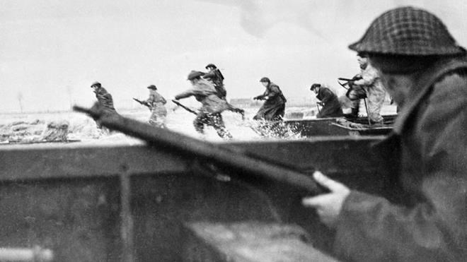 Canadian soldiers land on Courseulles Beach in Normandy, on June 6, 1944 as Allied forces storm the Normandy beaches on D-Day, June 6, 1944.