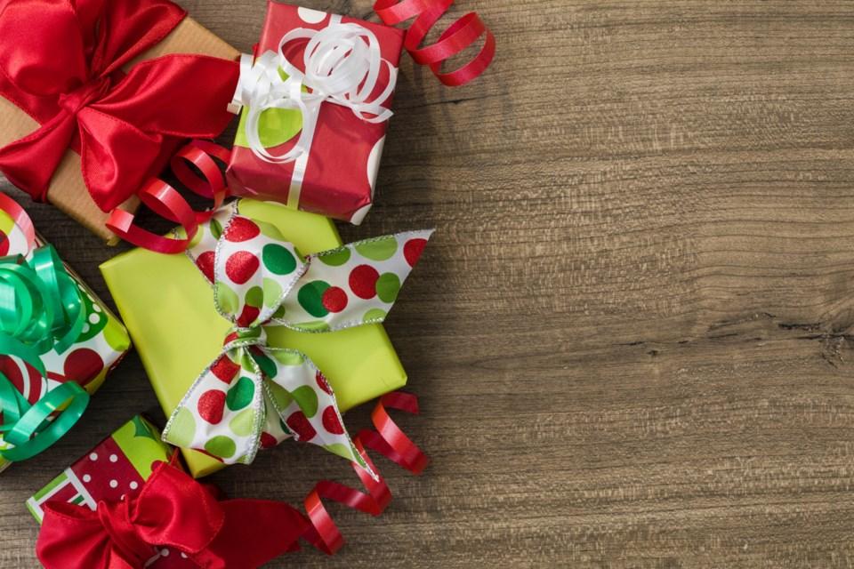 101218_christmas_presents