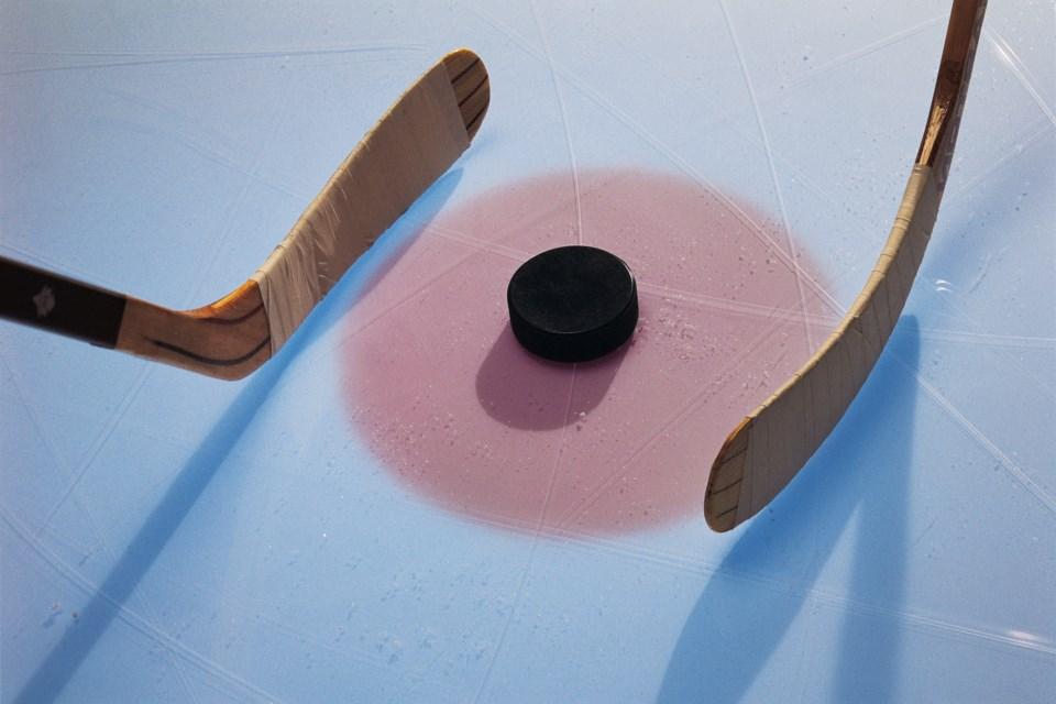 081019_hockey