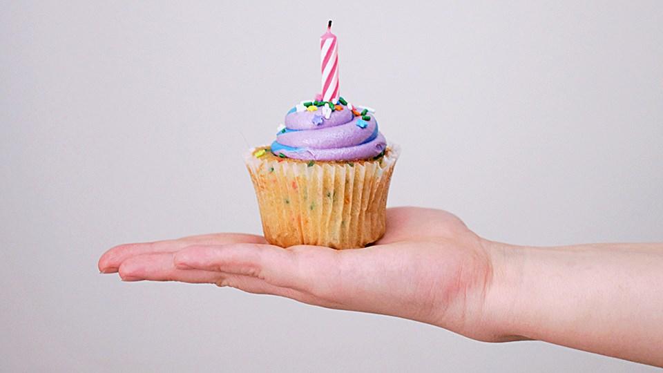 240220_KF_cupcake_day