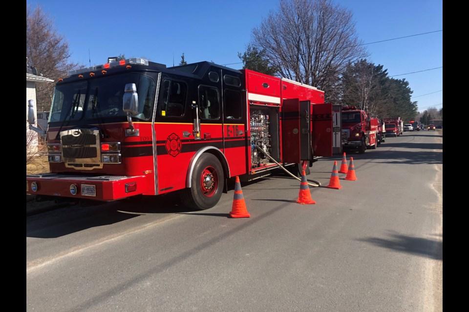 Greater Sudbury Fire Services respond to a bush fire in Val Caron. (Keira Ferguson/ Sudbury.com)