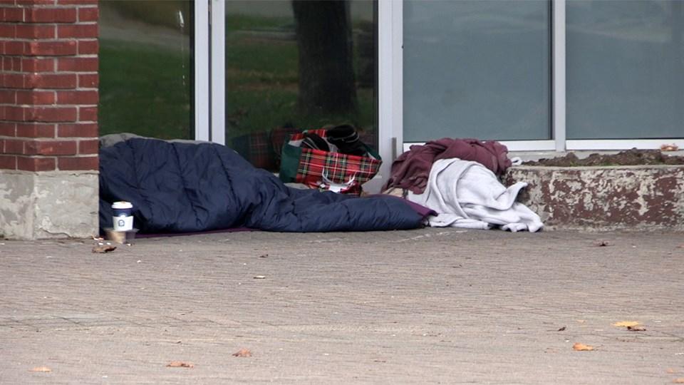 110220_hgo_Homeless
