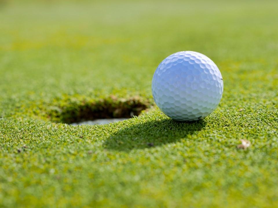 220721_golf_ball