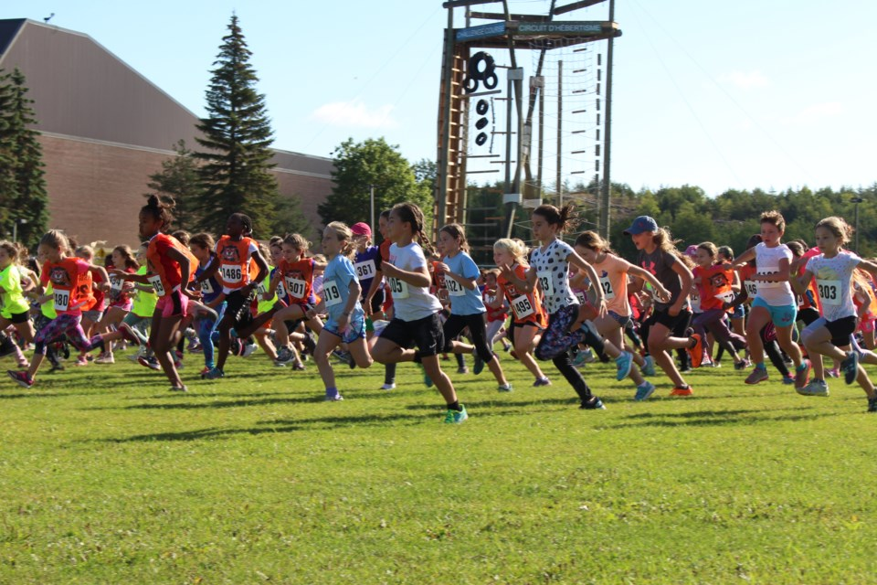 More than 1,400 runners took part in the L.U. Elementary Cross-Country Challenge. (Keira Ferguson/Sudbury.com)
