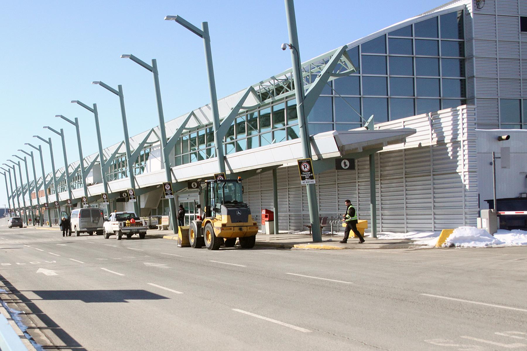 Thunder Bay Cab >> Thunder Bay Airport Increases Taxi Services Northern