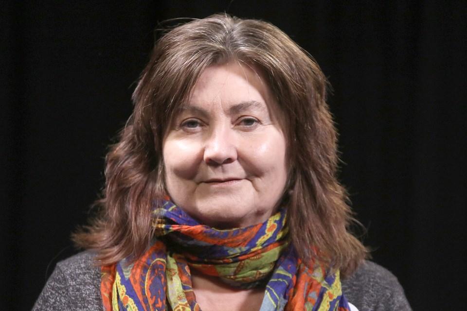Lori Paras