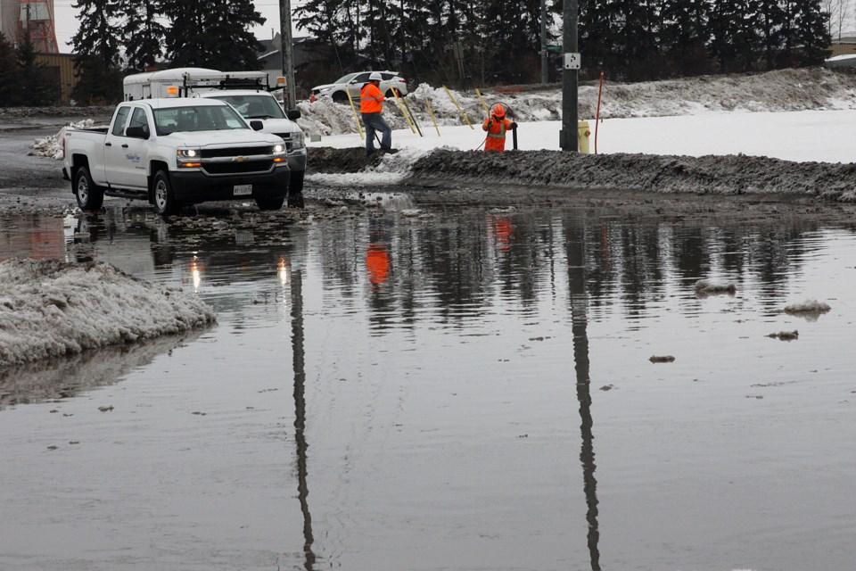 City crews work along Carrick Street on Thursday, March 14, 2019. (Matt Vis, tbnewswatch.com)