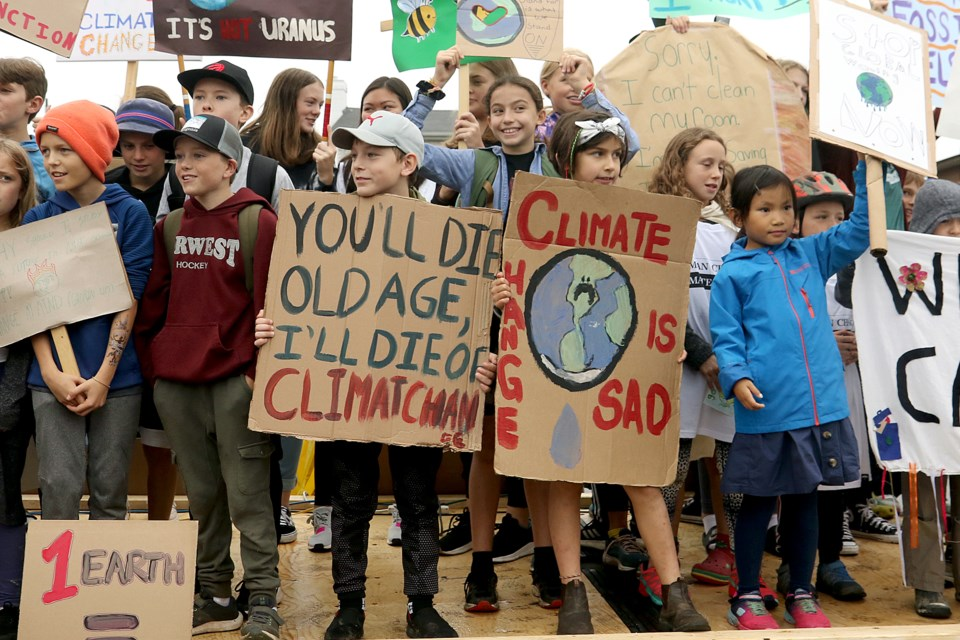 More than 600 people take part in a climate-change strike on Sept. 20, 2019 on Red River Road in Thunder Bay. (Leith Dunick, tbnewswatch.com)