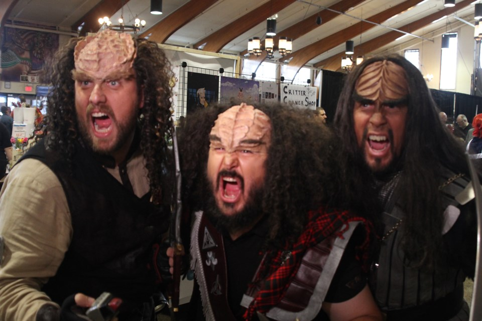 Klingons from the Klingon Assault Group let out a roar. (Michael Charlebois, tbnewswatch)