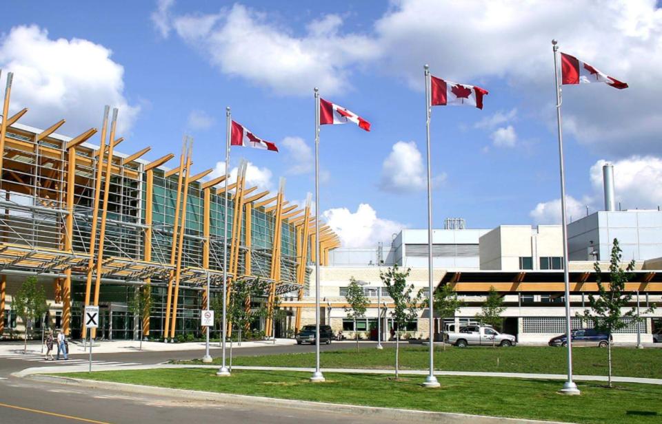 Thunder Bay regional health sciences centre summer