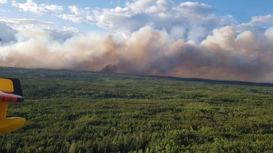 Red Lake fire forces halt to mine construction