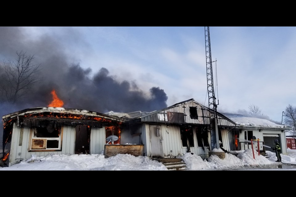 A fire on March 15, 2020 destroyed the NAPS detachment at Bearskin Lake (Facebook/Gary Kam)
