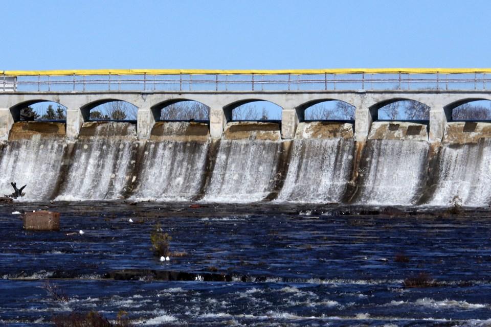 Boulevard Lake Dam 2