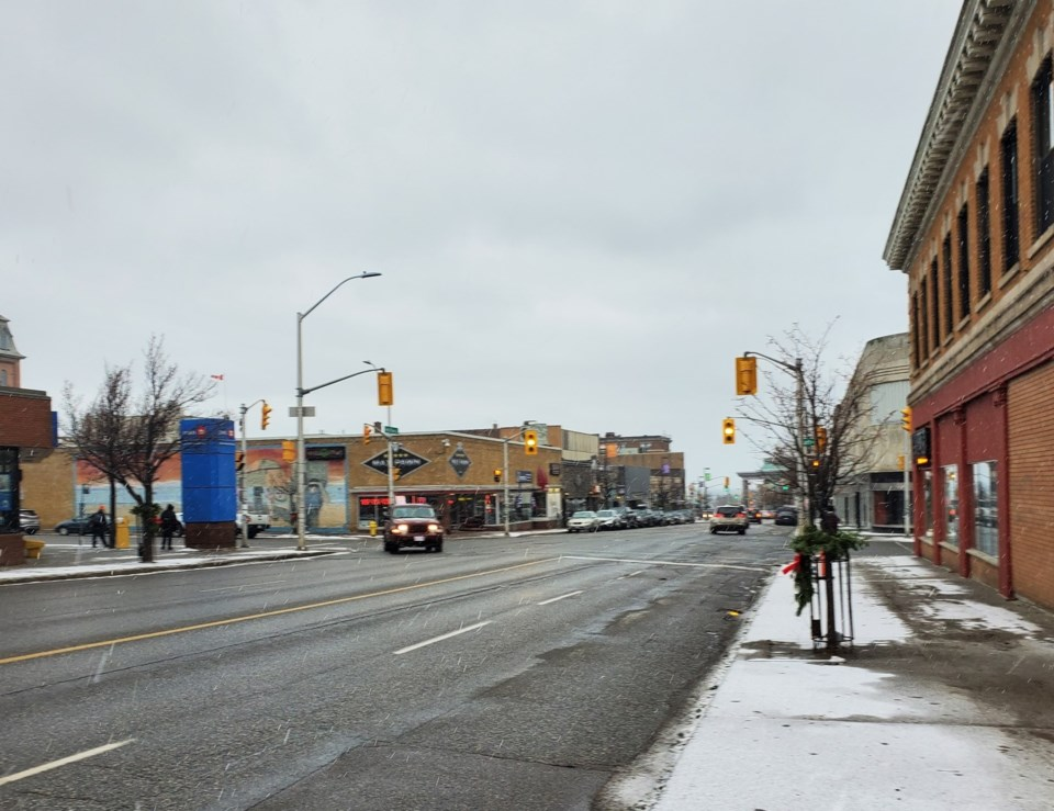 Red River Rd at Court, winter