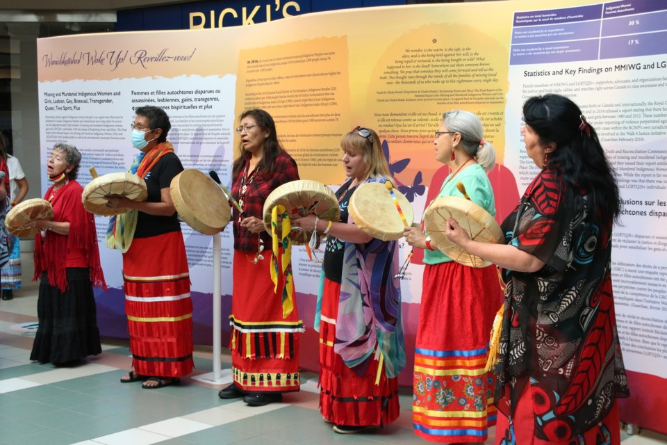 The Legacy of Hope Waniskahtan Exhibit opened at Intercity Shopping Centre on Wednesday with a prayer and song. (Photos by Doug Diaczuk - Tbnewswatch.com).