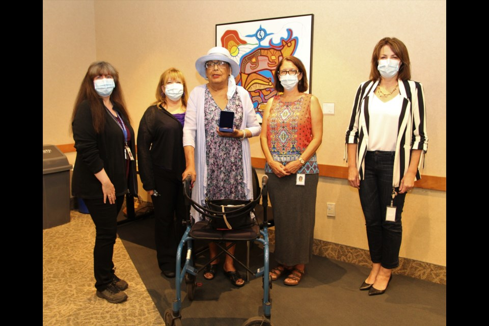 From L-R: Nancy Kruk (Administrative Assistant, Patient and Family Centred Care), Bonnie Nicholas (Manager, Patient and Family Centred Care), Mona Hardy, Mary Wrigley (Manager, Renal Services), Dr. Rhonda Crocker Ellacott (President & CEO, TBRHSC; CEO, TBRHRI)
