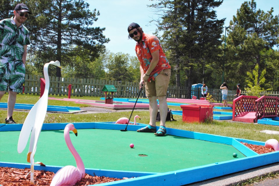 Play it Forward Funland is bringing a pay-what-you-can model to mini golf at Boulevard Lake. (Photos by Ian Kaufman, TBNewswatch)
