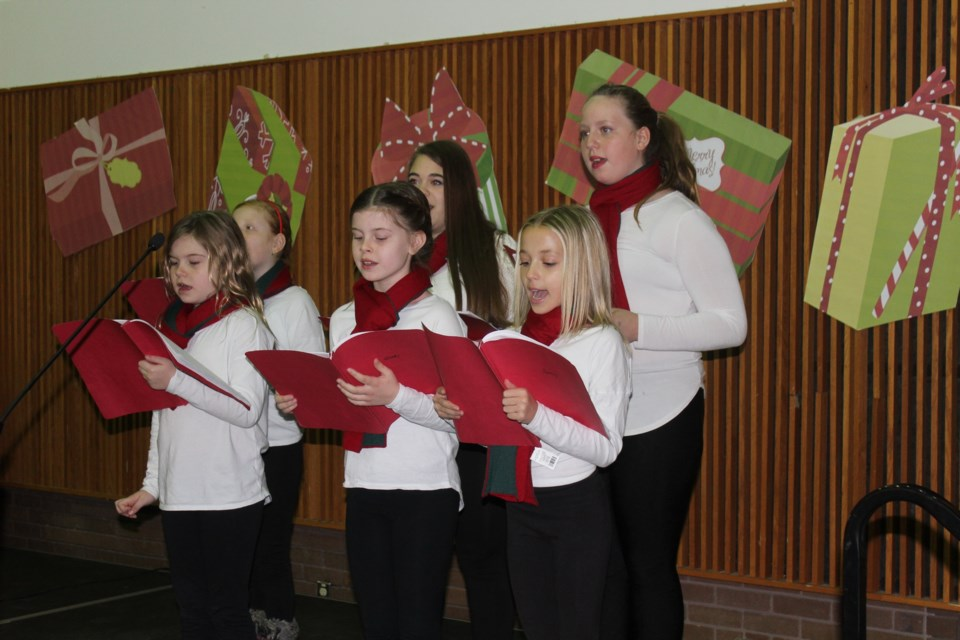 Applauze Youth Ensemble helped Confederation celebrate its campaign wrap-up with carols