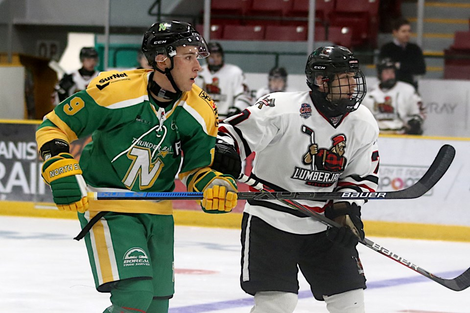 Lou Vesperini (left) scored twice for Thunder Bay on Saturday, Oct. 9, 2021 in a 5-1 win over the Wisconsin Lumberjacks. (Leith Dunick, tbnewswatch.com)