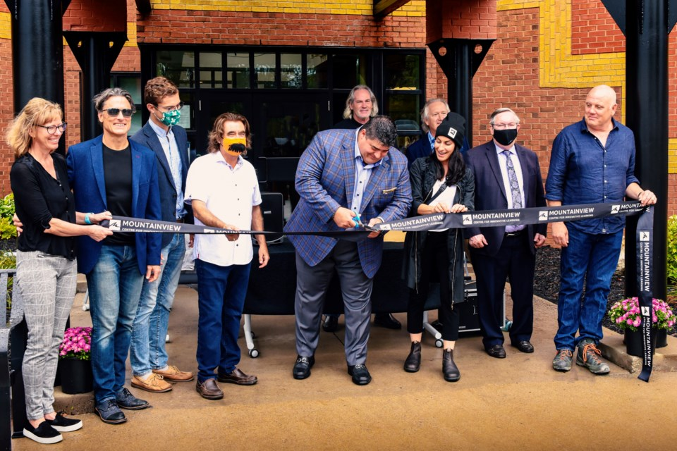 Ribbon Cutting - Mountainview Centre- Sept 2021