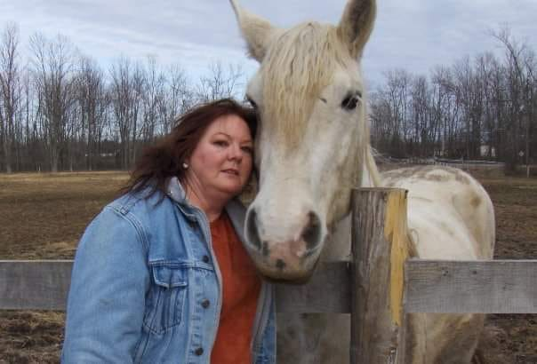The late Lynda Robertson and her beloved horse, Tierenoch. Submitted Photo
