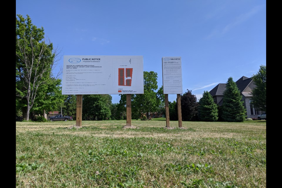 A public notice has been posted on the site for the proposed development on 205 St Davids Rd. Photo: Ludvig Drevfjall/Thorold News