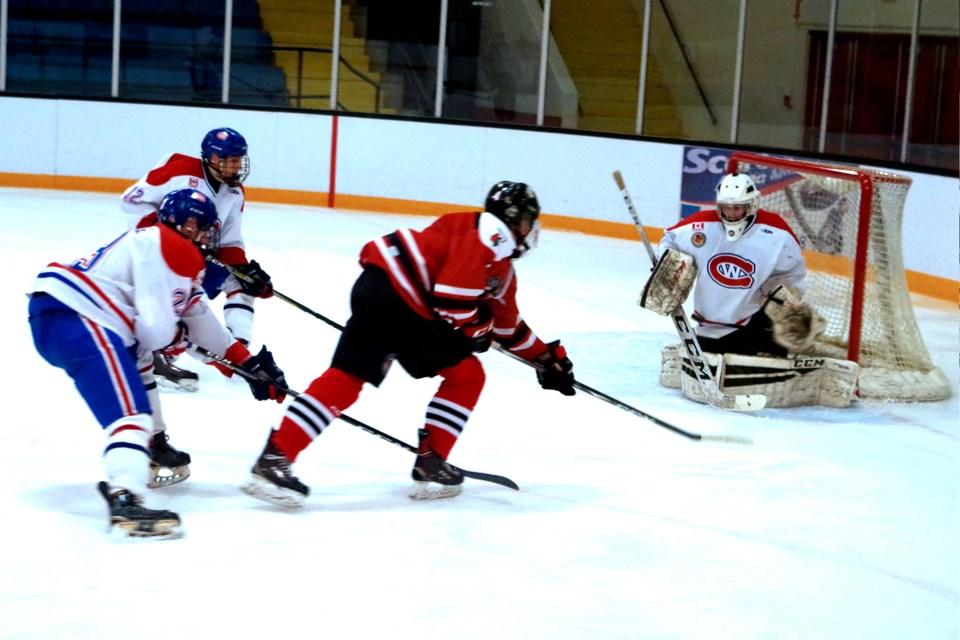 Hawk Nicholas Rubino gets a close-in chance but Welland goaltender Carter Kurcz blocked this one. Bob Liddycoat / Thorold News