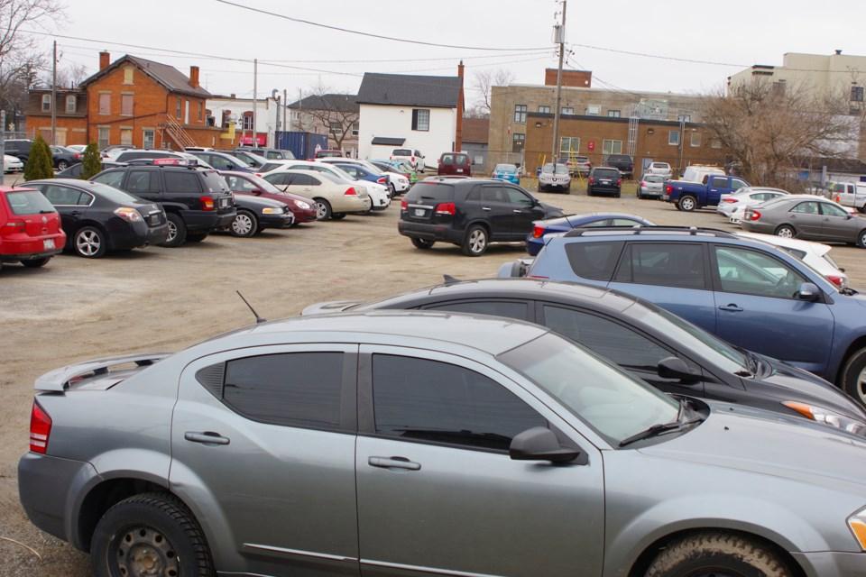 parking-thorold
