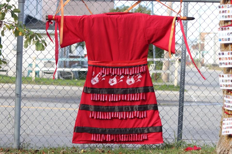 2020-10-8 Jingle Dress DB
