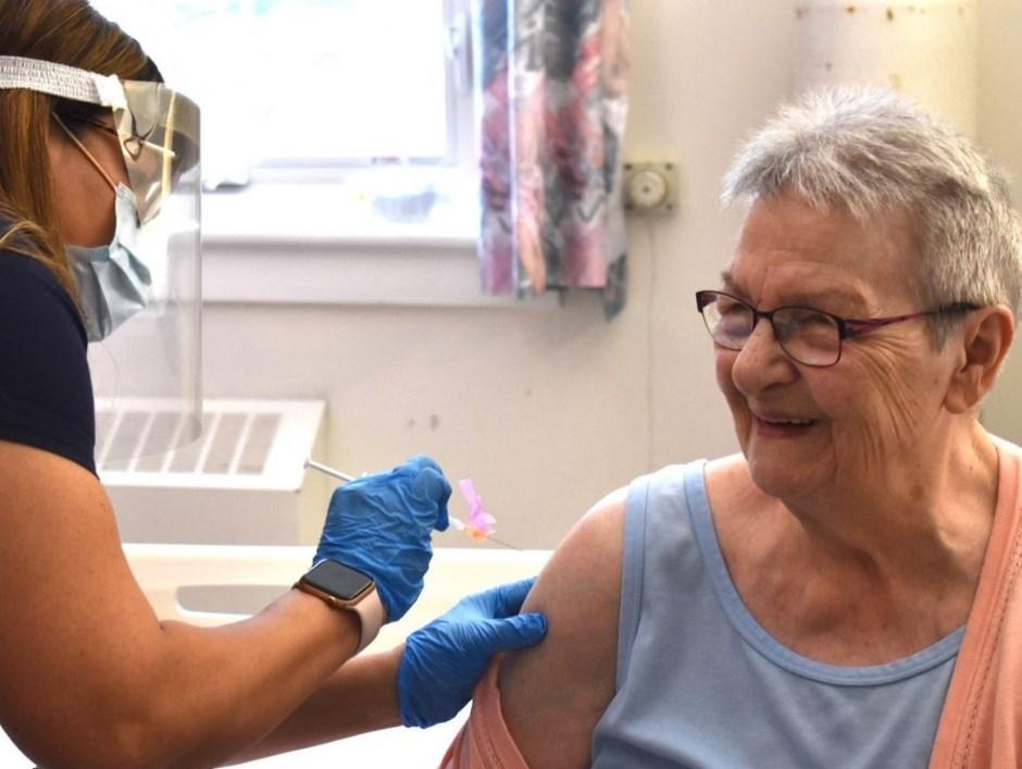 2021-02-12 Anne Tomatuk vaccine