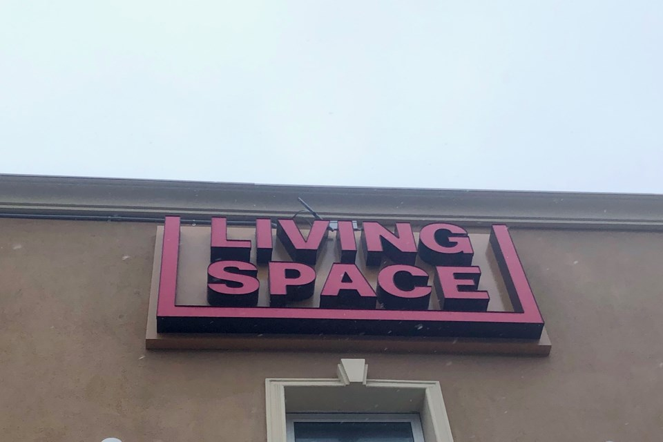 2019-04-25 Living Space MH