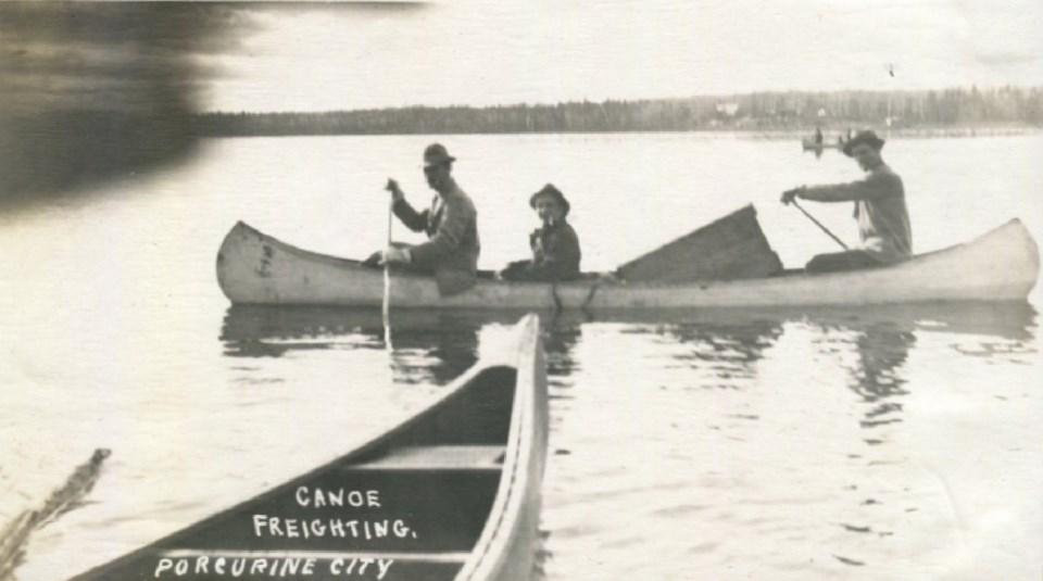 canoefreightingTIMMINSMUSEUM