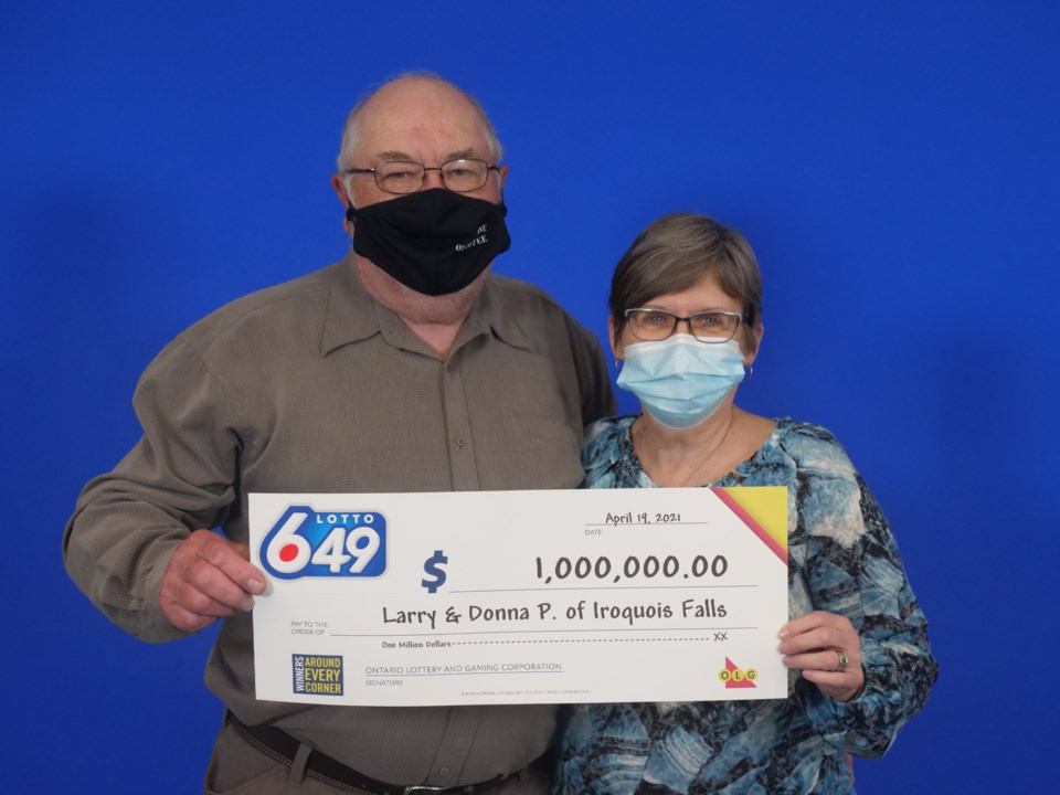 2021-04-22 - Lotto 649 (Guaranteed)_March 17_ 2021_1_000_000.00_Larry _ Donna Porter of Iroquois Falls