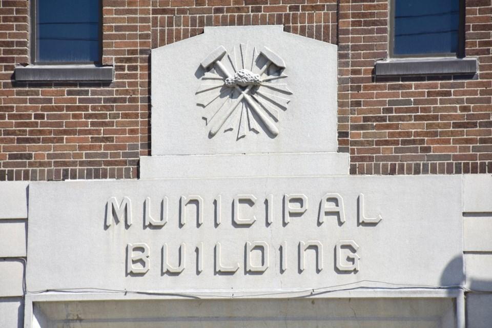 2018-05-07 Timmins City Hall MH