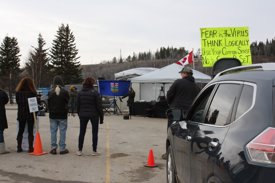 About 40 supporters of Benita Pedersen's anti-mask message came out to Riverfront Park in Athabasca April 29 for an information session with like-minded panelists. Panelists included Dr. Roger Hodkinson, Alberta Advantage leader Marilyn Burns and mask expert Chris Schaefer, who answered pre-selected questions from the audience.