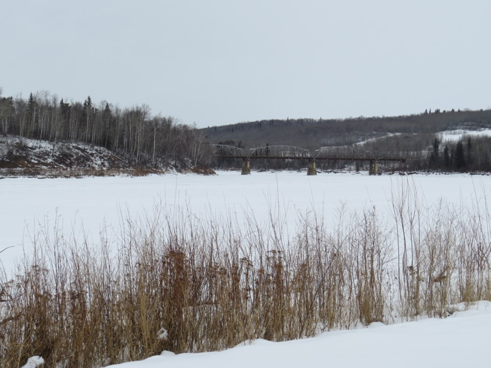 20200206-Athabasca River in Winter-BT-01