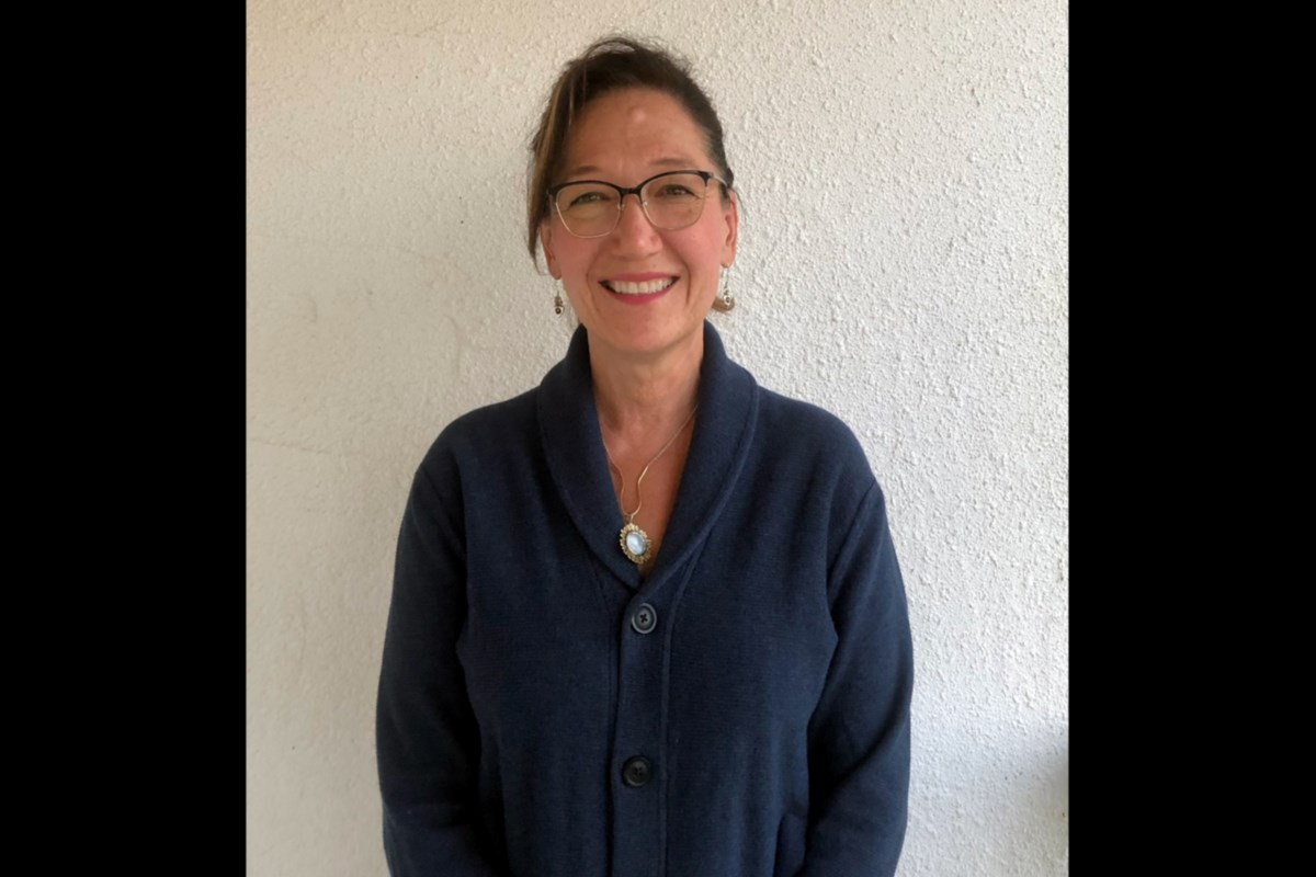SPOTTED: Abby Finkenauer Fundraising with Coastal Elites