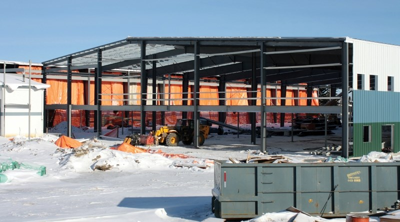 The Spirit Centre construction site sat silent on Sunday as the town seeks to find a new contractor to replace Balon Construction.