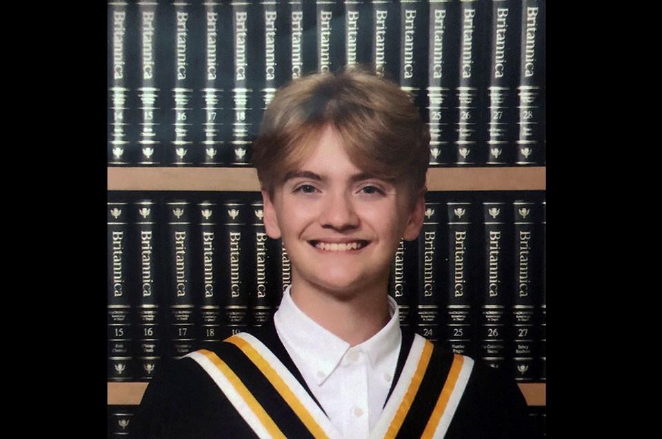 peyton gleneagle valedictorian