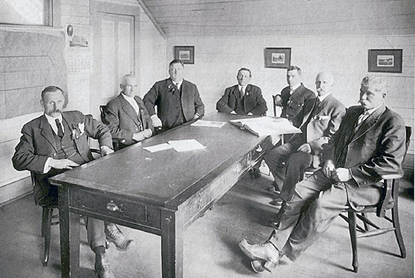 Port-Coquitlam-First-Council-1913