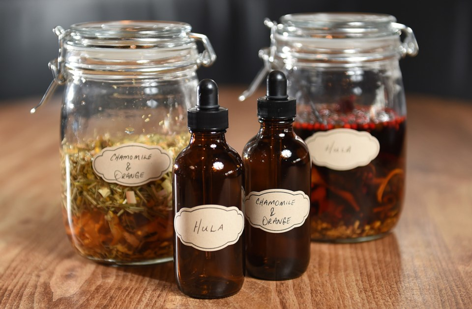 Alchemist.Home-Bar-Bitters.little-bottles.8397