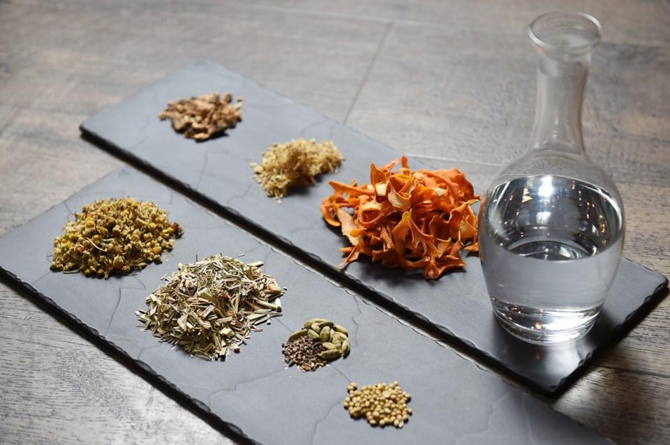Chamomile-and-Orange-ingredients